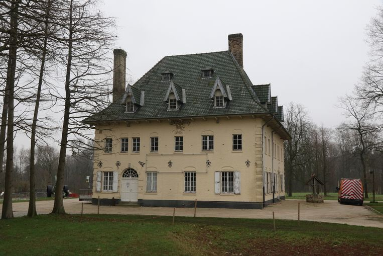 Villa Zonnedaele in het kasteeldomein.