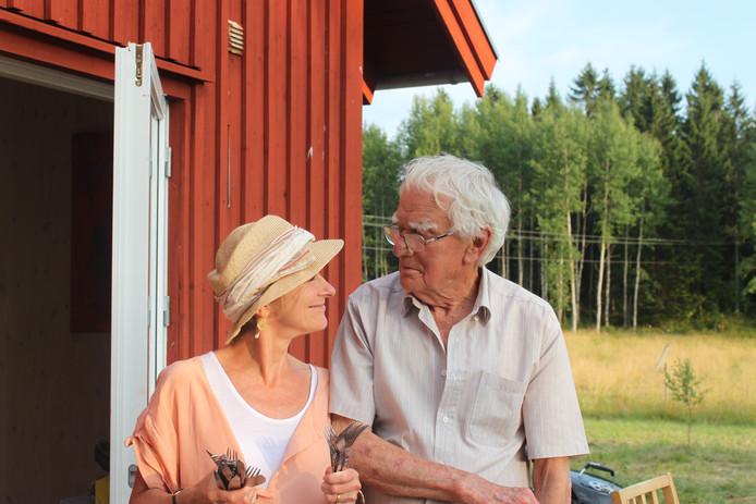 Nicci Gerard nam haar vader, die later overleed aan alzheimer, nog mee op vakantie naar Zweden.