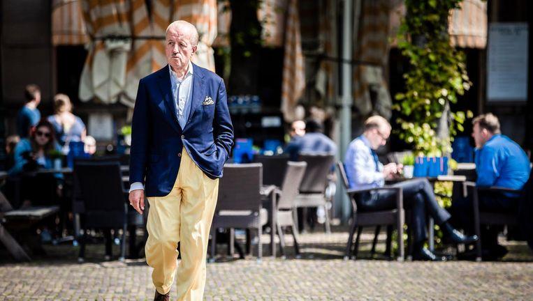 Theo Hiddema op een zonnig Plein in Den Haag: 'De kiezer mag zich niet tekortgedaan voelen.' Beeld Freek van den Bergh / de Volkskrant
