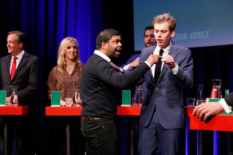 Yernaz Ramautarsing op het podium in de Balie in Amsterdam. Beeld anp