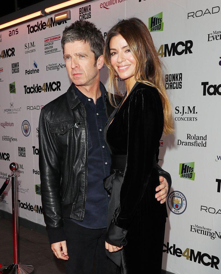 Noel Gallagher met zijn vrouw.