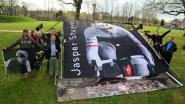 De Jasper Stuyven Fanclub gaat groen. In Parijs-Roubaix stampen ze een ecologisch fandorp uit de grond.