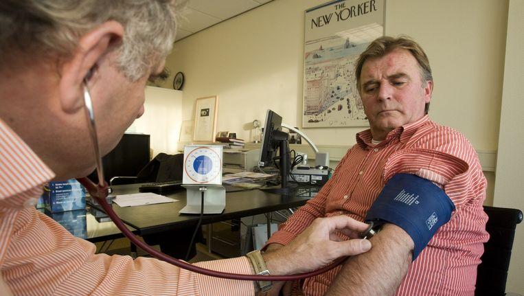 Eigen bijdrage in geval van een behandeling bij een niet-gecontracteerde arts kan oplopen tot de helft. Beeld anp