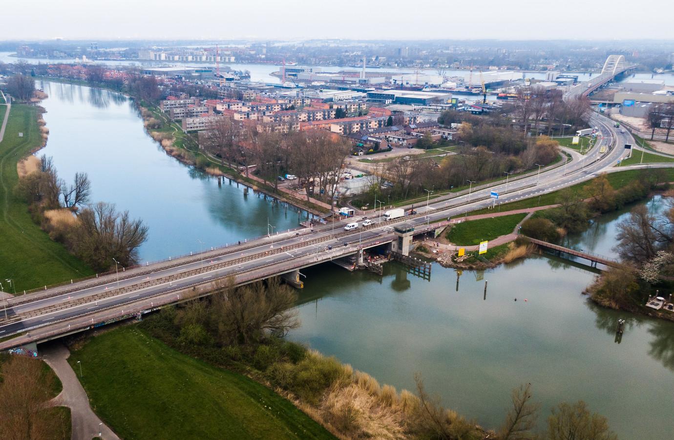 De Wantijbrug bij Dordrecht.