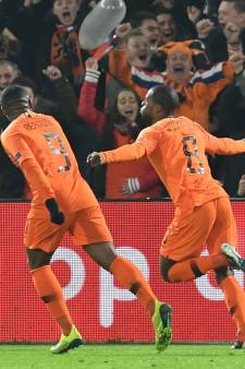 LIVE | Wijnaldum knalt Oranje vlak voor rust op voorsprong