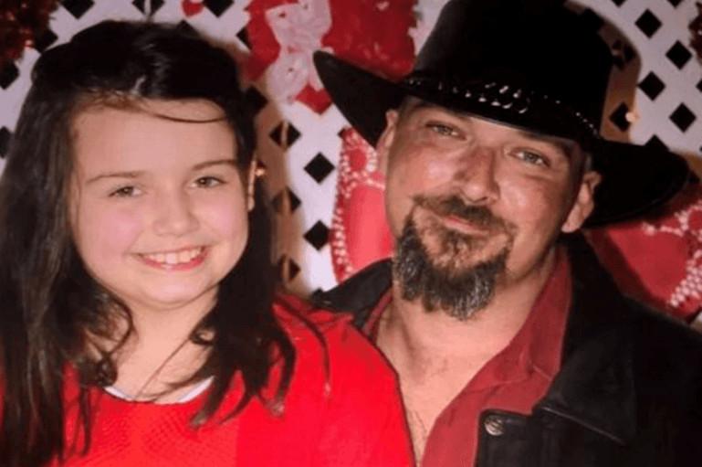 Kaitlyn Yozviak (links) overleed eind augustus, ze was 12 jaar.