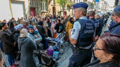 200 boze ouders protesteren aan Schaarbeekse school na mogelijke aanranding kleuter