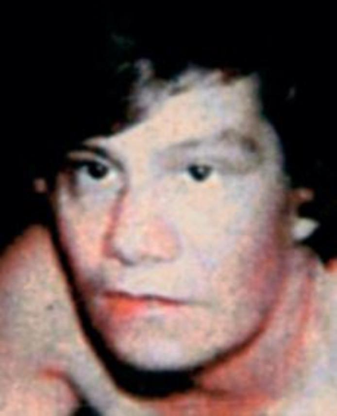 De 48-jarige Vera van der Lee-van Solt wordt begin 1991 vermoord gevonden in haar eigen woning.