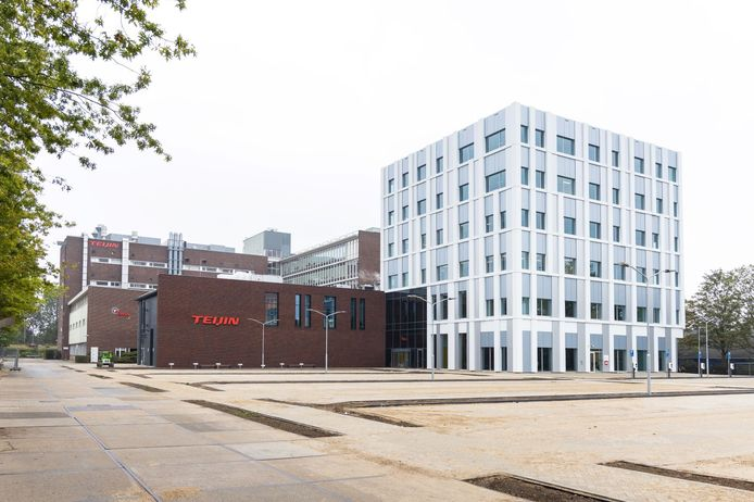 'T ONE', het nieuwe, duurzame hoofdkantoor van Teijin Aramid aan de Velperweg in Arnhem.
