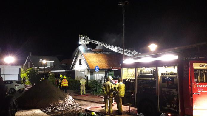 Tegen vier uur was de brand onder controle.