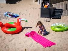 LIVE | Parkeerplaatsen bij grote stranden nu al (bijna) vol
