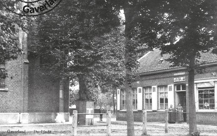 Voor café De Linde was er tot de jaren zeventig Het Oud Koffiehuis maar ook daarvoor zou er altijd al een 'afspanning' zijn geweest in de schaduw van de kapel.