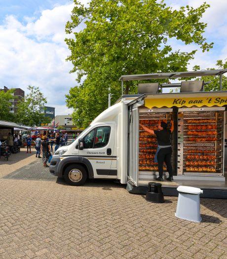 De lekkerste kippenbillen op de markt op Kastelenplein