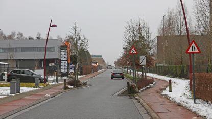 Tien dagen eenrichtingsverkeer in Poverstraat