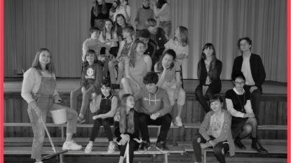Leerlingen SiViBu brengen musical Rock it