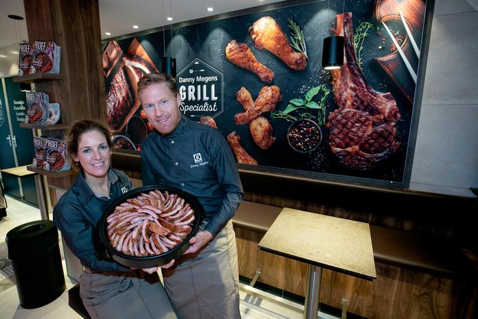 Danny Megens en zijn vrouw Daniëlla heropenen vandaag hun slagerij in Woensel.