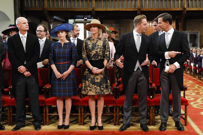 Minister-president Mark Rutte naast de minsters Stef Blok, Carola Schouten, Kajsa Ollongren en Hugo de Jonge in de Ridderzaal