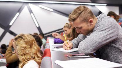 Meer en meer studenten slikken Modafinil om zich beter te concentreren, maar dat kan heel gevaarlijk zijn