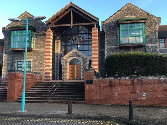 De rechtbank, Canterbury Crown Court