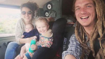 Levensverhaal. Foss Beernaert (8 maanden oud). Een bron van geluk, een waterval van tranen
