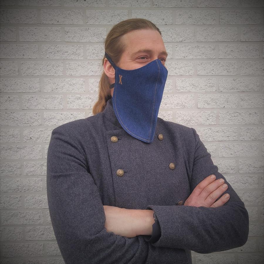 Stijlvol met baard en mondmasker? Het kan dankzij de Peltse modeontwerpster