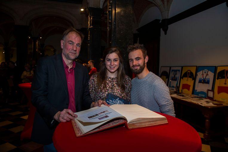 Luc Moerkerke (districtsschepen van sport, middenstand en armoedebestrijding), Fanny Lecluyse, Victor Campenaerts