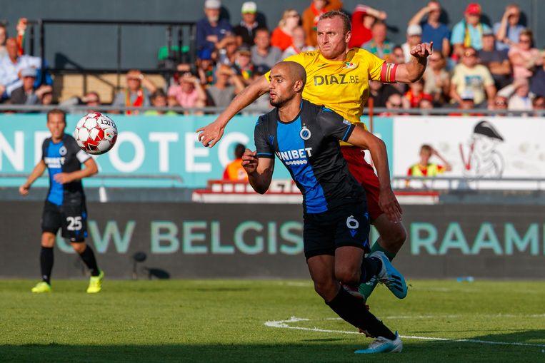 Sofyan Amrabat tegen KV Oostende.
