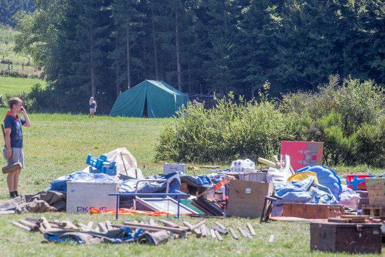 Na de steekpartij werd het kamp opgebroken.