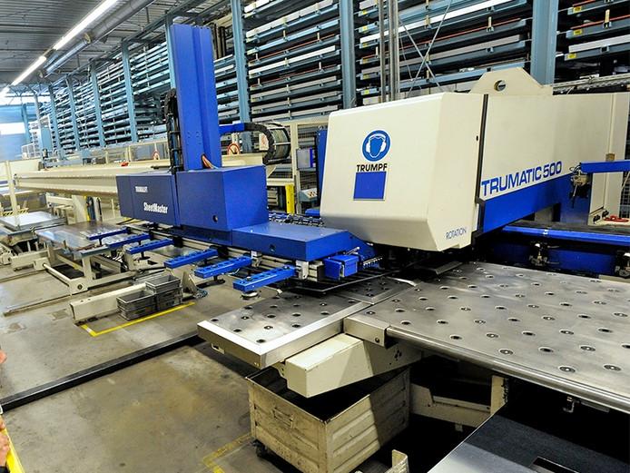 Eaton produceert in Hengelo schakelsystemen voor elektrische apparatuur en -distributie.