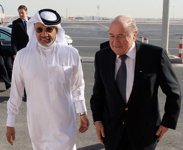 Mohamed Bin Hammam met FIFA President Sepp Blatter Beeld reuters