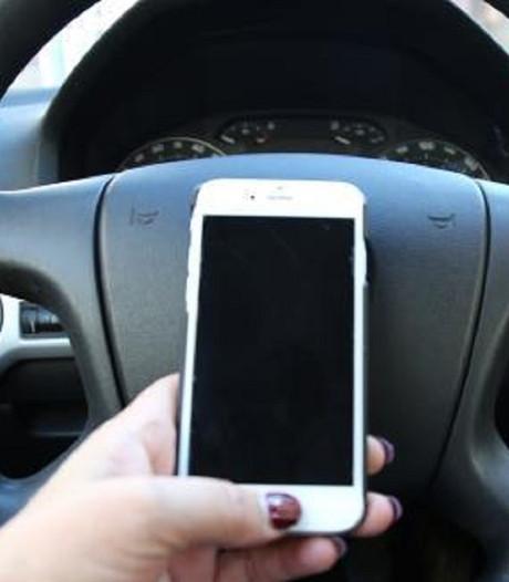 VVN: Smartphone moet de auto uit
