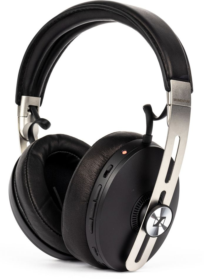 Sennheiser Momentum 3 Wireless.
