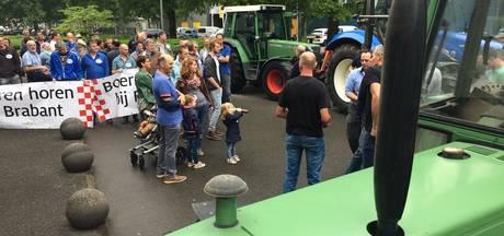Protest door boeren bij AgriFood Capital: 'Als boeren verdwijnen ontstaat er armoede'