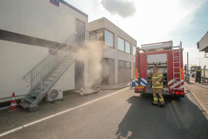 De brand ontstond in het kantoorgebouw bij de Kiltunnel.