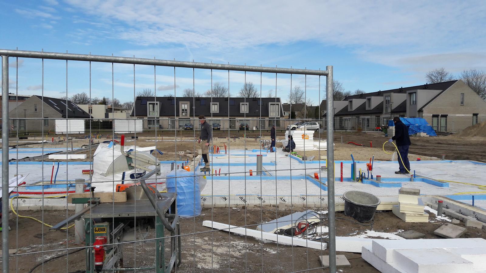 Hildebrandstraat heesch krijgt nieuwe aanblik foto - Saint maclou tapijt van gang ...