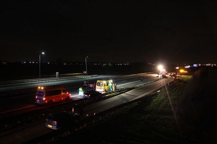 Op de A15 is een ongeval gebeurd ter hoogte van Opheusden.