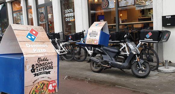Domino's pizza in Mechelen langs de Zandpoortvest