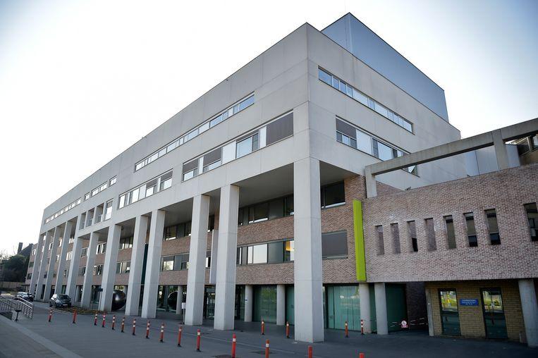 Onder meer patiënten uit het zwaar getroffen Sint-Trudo Ziekenhuis zijn al overgebracht naar andere hospitalen.