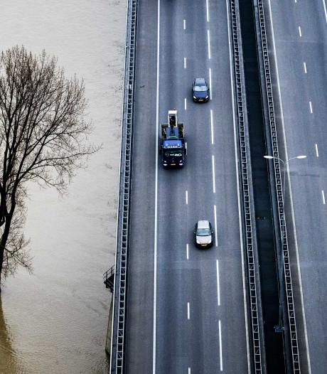 Nieuwegein en Vijfheerenlanden slaan handen ineen voor fietspad langs nieuwe Lekbrug