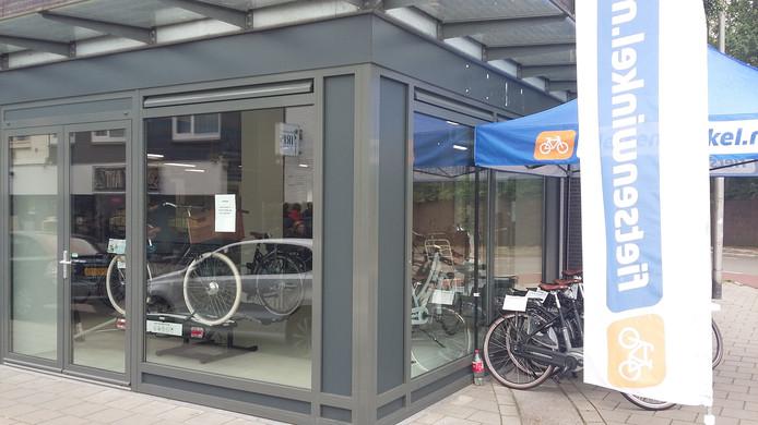 Klanten kunnen alleen woensdag nog terecht in de fietswinkel.