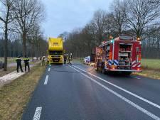 Lochemseweg dicht door brandende vrachtwagen, verkeer omgeleid