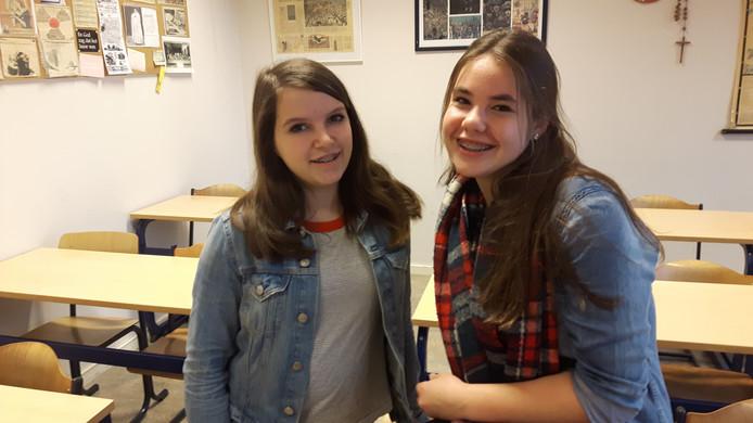 Ilse van den Boogaard (15) en Floor Nooren (16) van het Jacob-Roelandslyceum in Boxtel