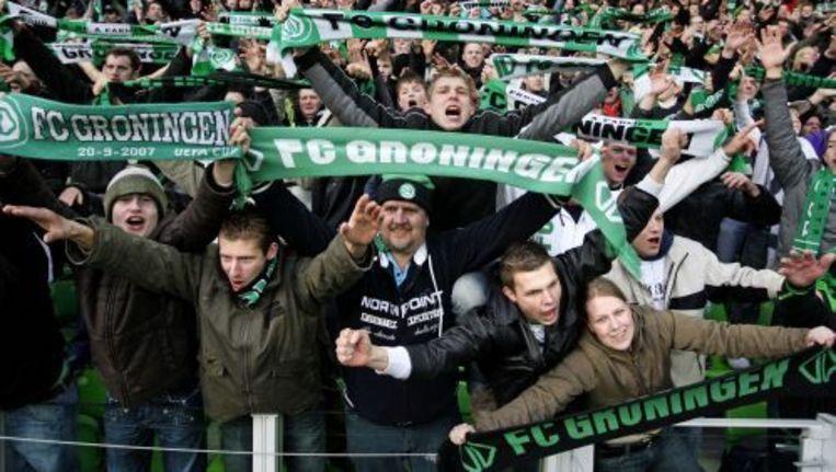 Circa 200 supporters van FC Groningen zijn na aankomst op het Centraal Station in Rotterdam teruggestuurd naar Groningen. Foto ANP Beeld