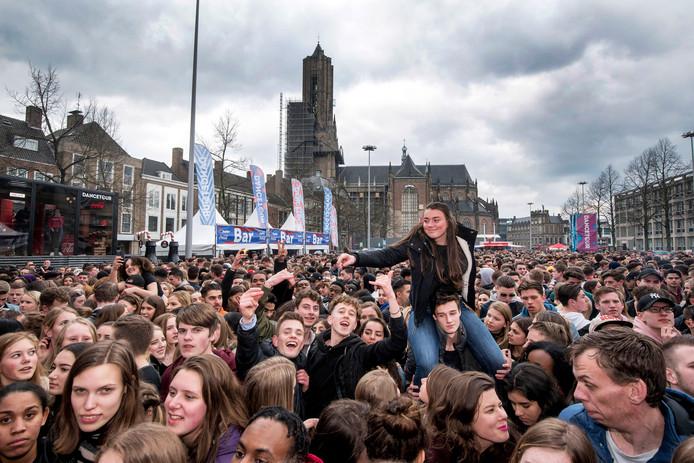Arnhem, 1 april 2018. Dancetour op de Markt.