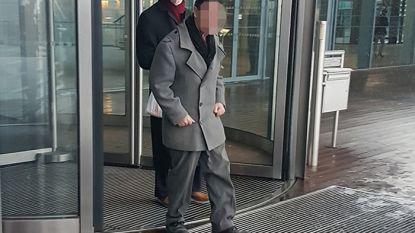 Dorpskapper plukt klanten kaal voor 2 miljoen euro