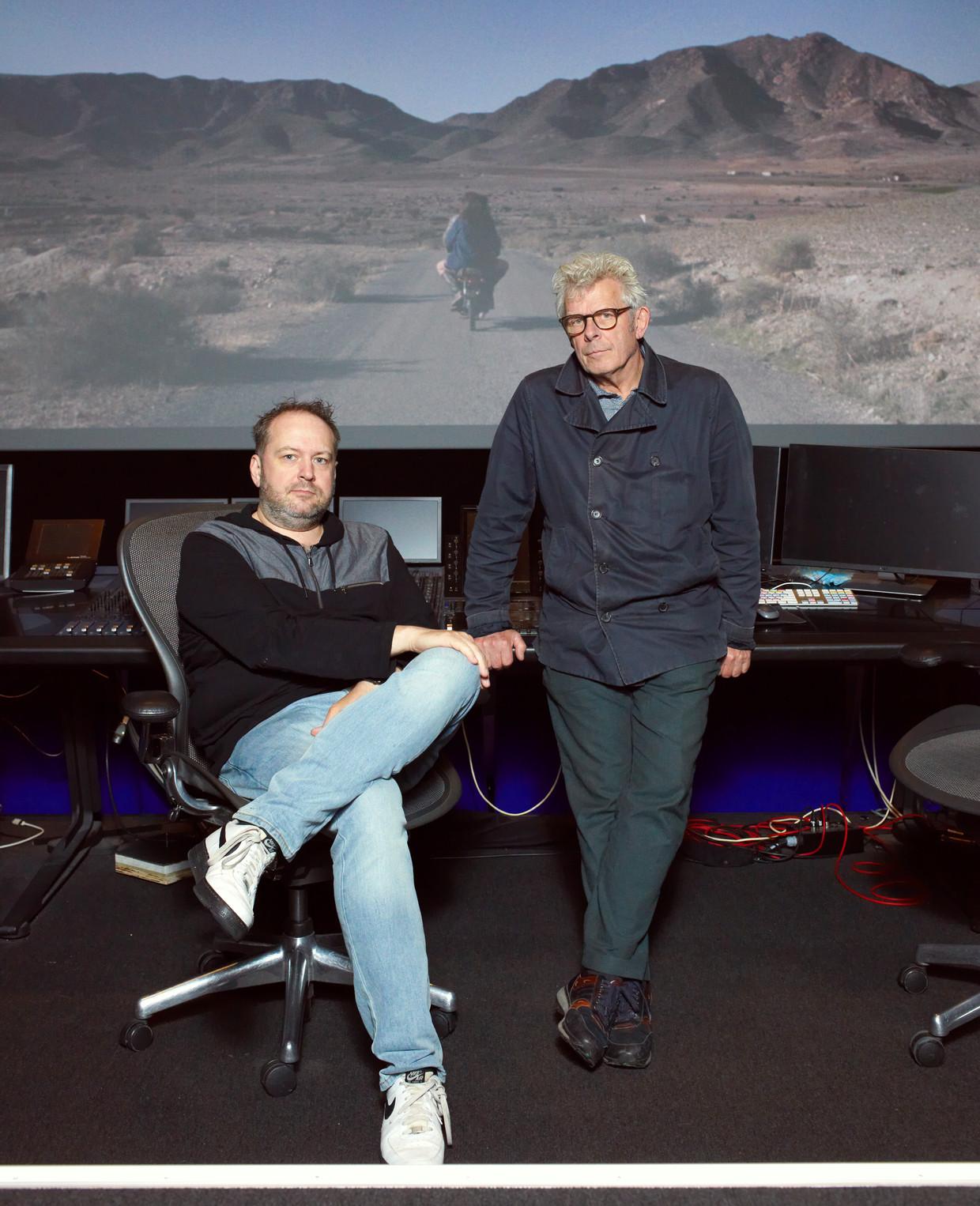 Filmeditor Job ter Burg en film- en toneelregisseur Alex Warmerdam. Beeld Daniel Cohen