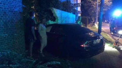 Een week na zwaar ongeval in Lokerenbaan rijdt opnieuw bestuurder tegen gevel van woning in Zele
