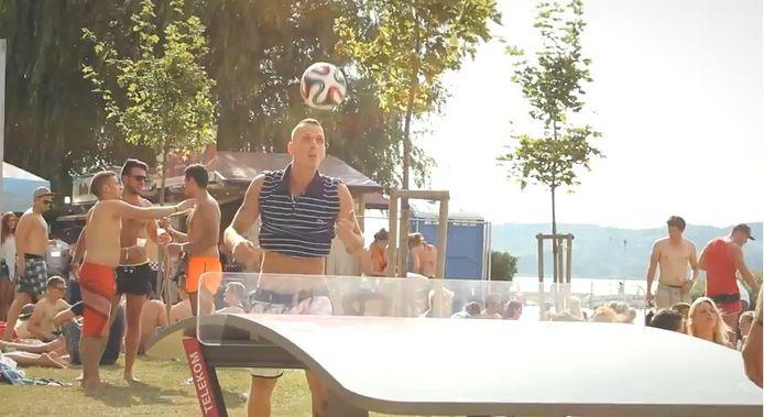 Op het festival Balaton Sounds, zeer geliefd bij de Belgische jongeren, werd er zelfs een heuse Teqball Cup gehouden.