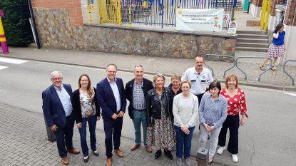 Kogel door de kerk: Vlezenbeekse Ave Mariabasisschool krijgt autovrije buurt