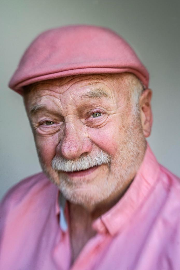 Clem Bongers riep samen met anderen De Roze Loper in het leven, een onderscheiding voor verpleeg- en verzorgingshuizen met een homovriendelijk klimaat.